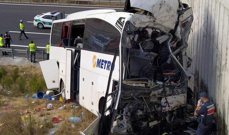 5 کشته و 26 زخمی در حادثه اتوبوس استانبول