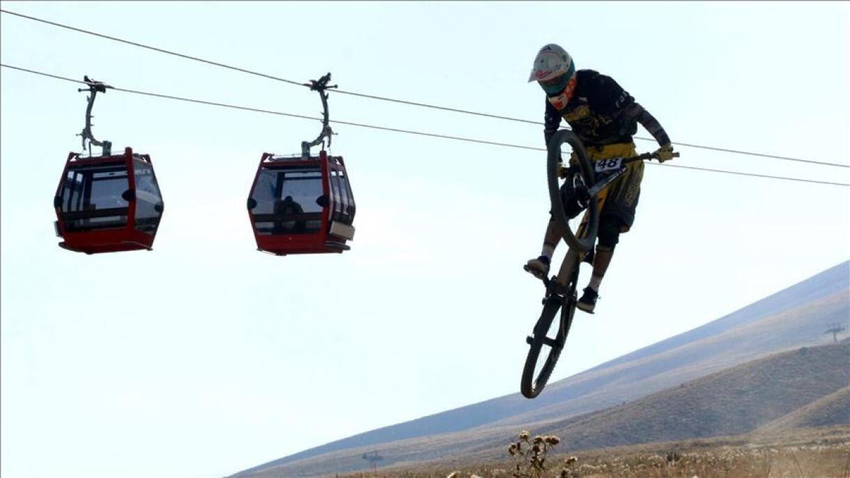 مسابقات جهانی دوچرخهسواری کوهستان در کوه ارجیس ترکیه