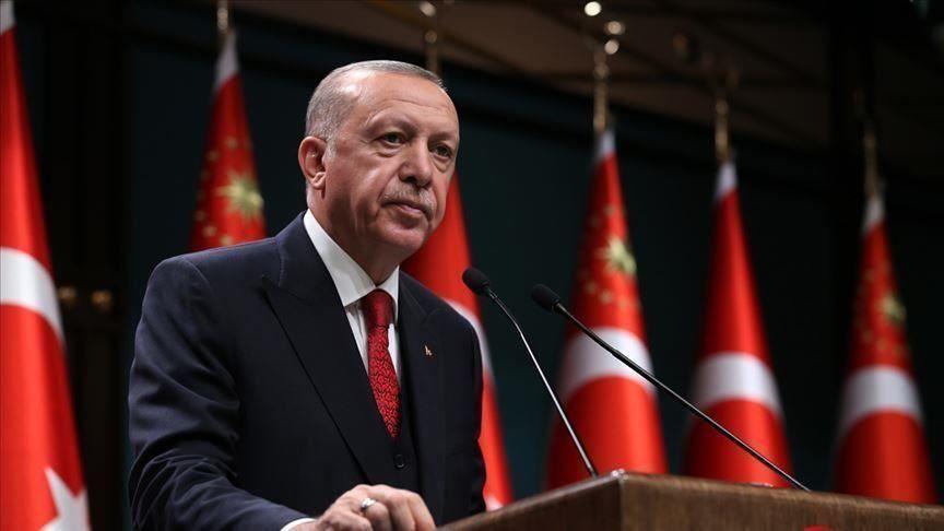 اردوغان: دولت با تمام وجود در کنار شهروندان زلزله زده است