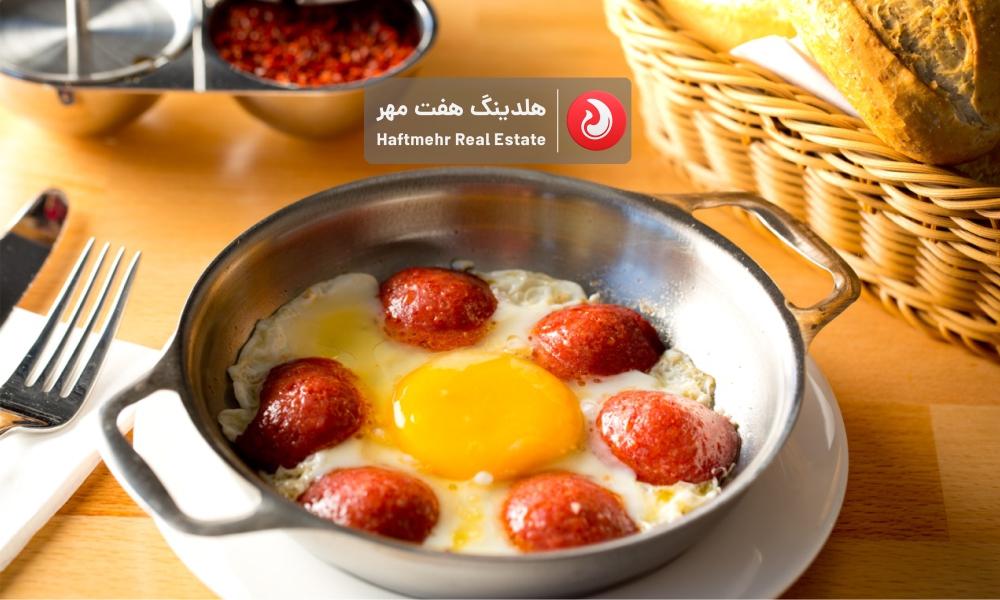 سوسیس تخم مرغ اسپایسی
